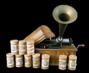 Victrola cylinder player